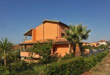 L'Impresa di Costruzioni Crivaro ha realizzato in una frazione del comune di Grosseto 4 ville trifamiliari.