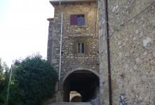Edificio storico in parte da ristrutturare in vendita a Rieti, comune di Petrella Salto